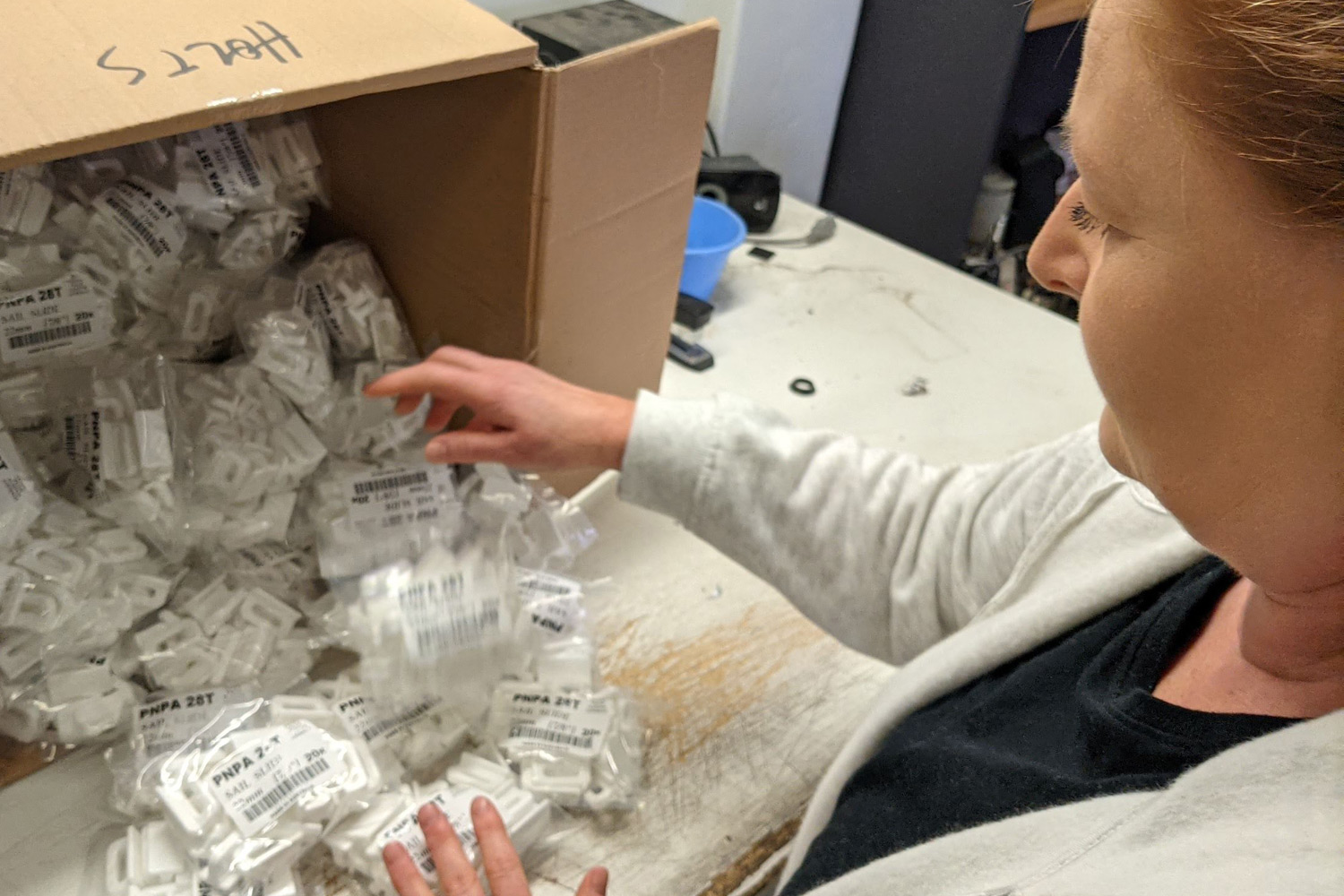 Grace packing plastic injected products